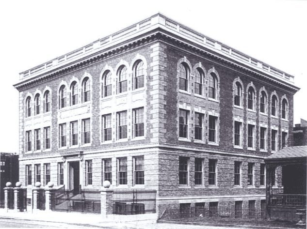Photo of the St Botolph Building in 1904